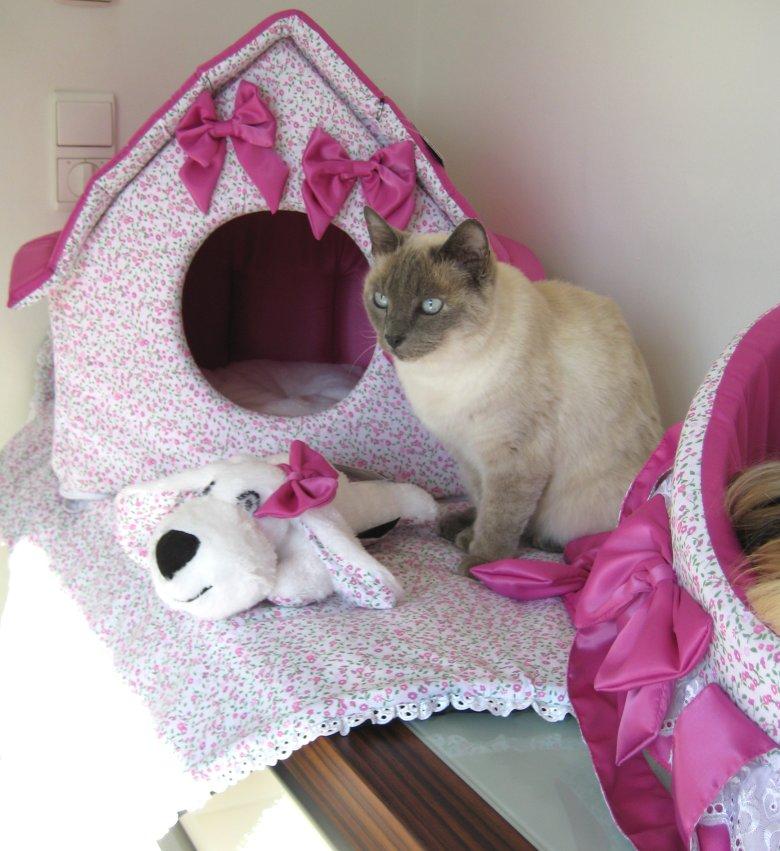 hundehaus hunde haus tiffanyline incl decke und spielhund hundebett ebay. Black Bedroom Furniture Sets. Home Design Ideas
